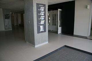 アリーナ(体育館)玄関
