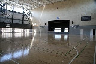 アリーナ(体育館)内部