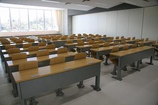 大講義室1