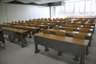 大講義室2